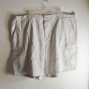 Columbia Cargo Shorts - 44 Waist